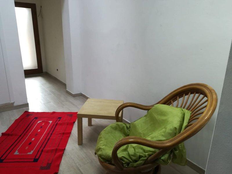 'Isvara'-Grande appartamento in periferia di Lucca, posizione strategica, vacation rental in Ponte a Moriano