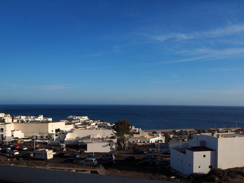 Seaview apartment in Puerto del Carmen, vacation rental in Tias