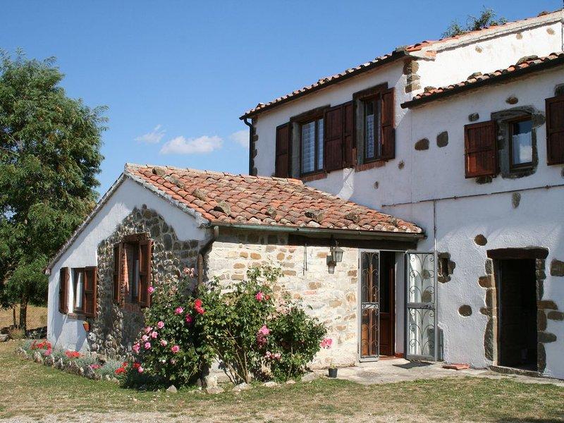 AUTUNNO( agr.La Guinza) Relax e natura garantiti !!, holiday rental in Roccalbegna