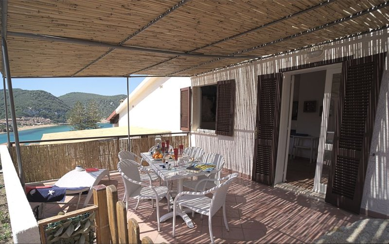 Apt Capel Rosso - Villa Manzoni, casa vacanza a Isola Del Giglio
