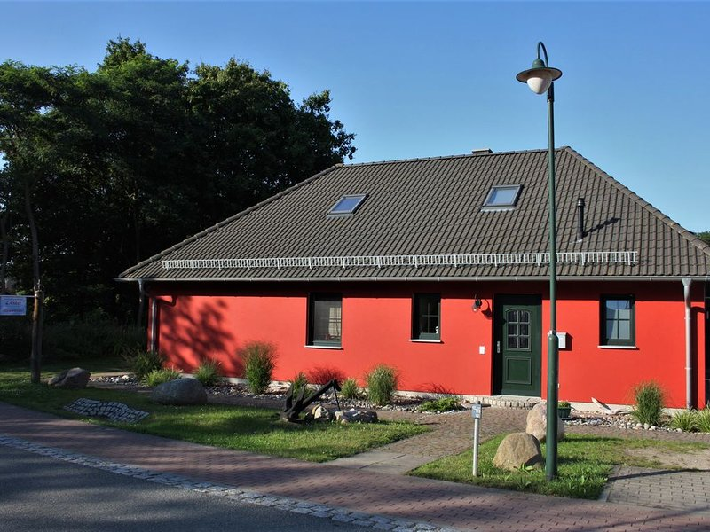 Glowe, Rügen, 2 Zimmer, 64qm, bis 5 Pers., vacation rental in Lohme