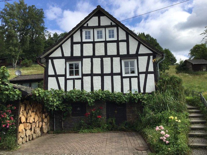 Liebvoll restauriertes, Fachwerkhaus, Famielienfreundlich, Haustiere willkommen, alquiler de vacaciones en Olpe