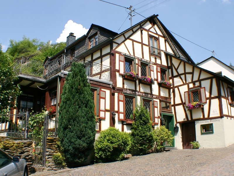 Gemütliches Fachwerkhaus für Gruppen/Familien, location de vacances à Klosterkumbd