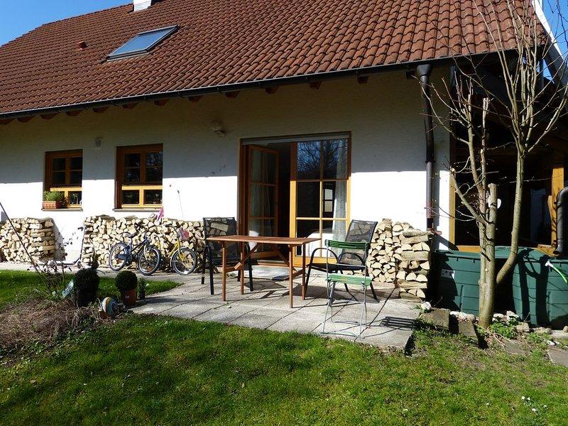 gemütliche Ferienwohnung in idylischer Umgebung, holiday rental in Feldafing