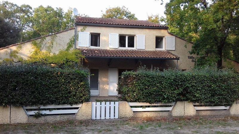 Appartement SOULAC SUR MER À 500 m de la plage n°2, holiday rental in Soulac-sur-Mer
