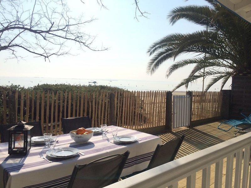 Villa  de caractère sur la plage, location de vacances à Claouey