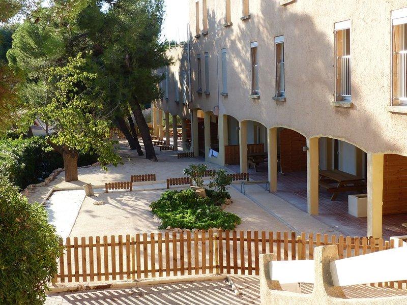 Appart F + Terrasse + Parc + Tennis, proxi Mer, au coeur de la Côte Bleue,, location de vacances à Martigues
