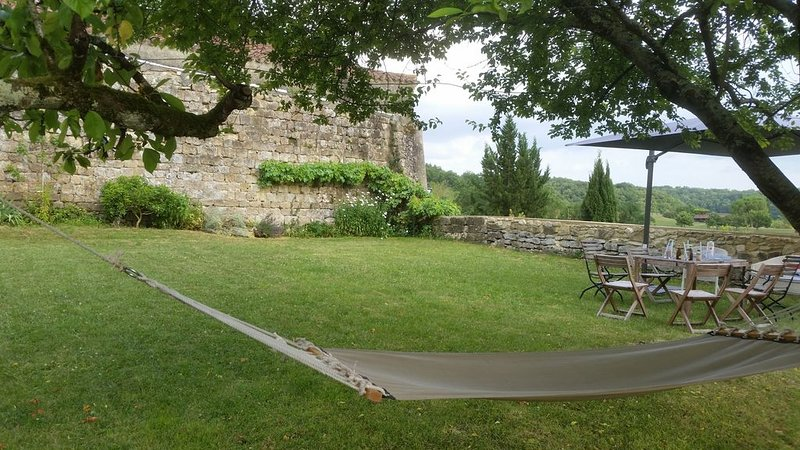 Le Gîte des Remparts au cœur d'un typique castelnau Gascon, holiday rental in Berdoues