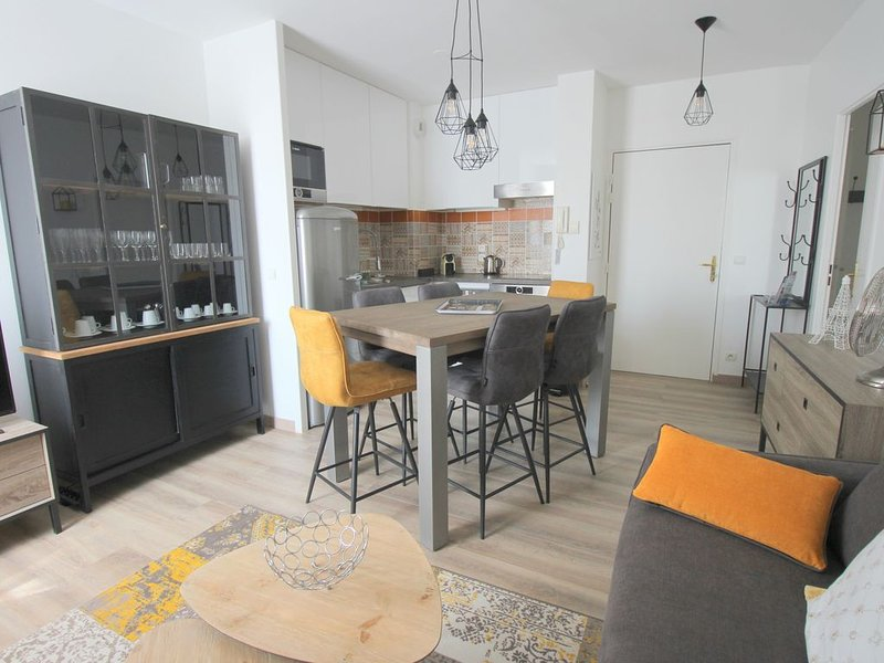 Appartement 2 chambres Place Toscane, Val d'Europe, 10min Disneyland (TOSCANE 3), vacation rental in Serris