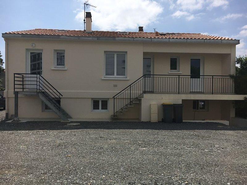 T1 BIS 2 à 4 pers proche La Rochelle et Plages, aluguéis de temporada em Aytre