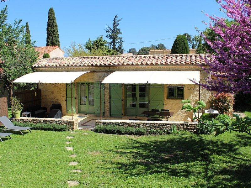 Gite provençal entre Aubagne , Marseille et Cassis, holiday rental in La Penne-sur-Huveaune