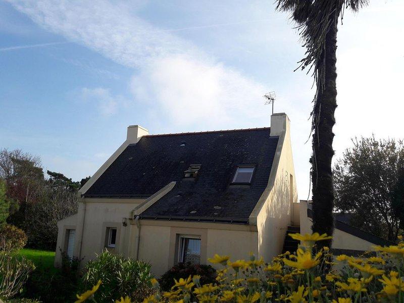 Agréable maison Belliloise proche Le Palais et plages +6 couchages, location de vacances à Le Palais