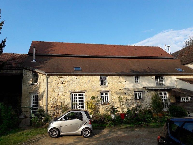 Au coeur de la vallée du Sausseron, la ferme des 4 tours – semesterbostad i Auvers-sur-Oise