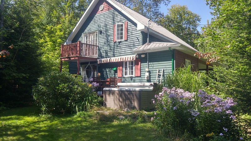Chalet Calme et Nature, holiday rental in Sainte-Lucie-des-Laurentides