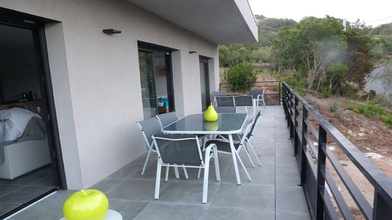 Overall view terrace 28 m2