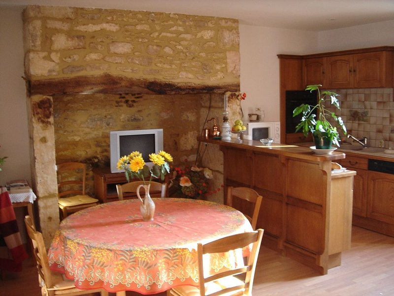 Maison de campagne au calme, vacation rental in Les Eyzies-de-Tayac-Sireuil