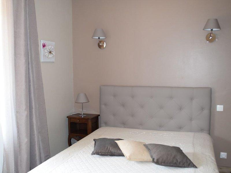 Logement entier et familial au calme, holiday rental in Barjac