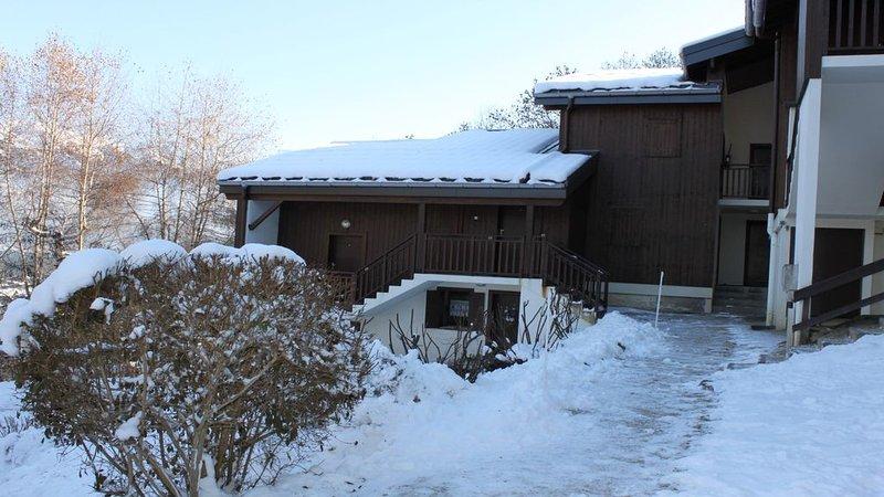 HAMEAU DES NEIGES appart 2201 Duplex, vacation rental in La Riviere-Enverse