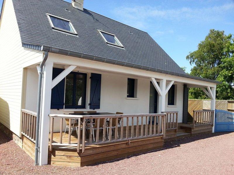 Villa individuelle tout confort, proche mer et sites touristiques Manche, vacation rental in Gouville-sur-Mer