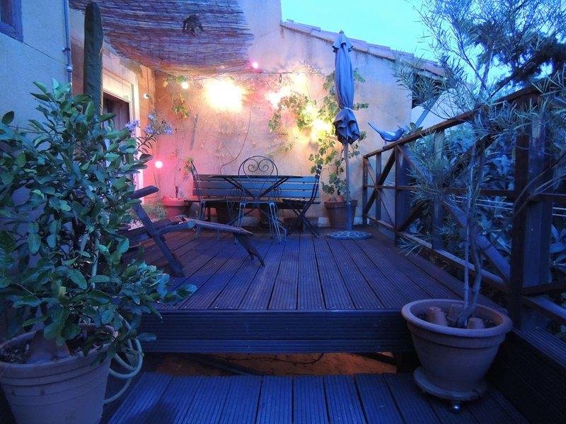 Charmant 2pièces, grande terrasse, calme et ensoleillée, plein centre Marseille, casa vacanza a Marsiglia