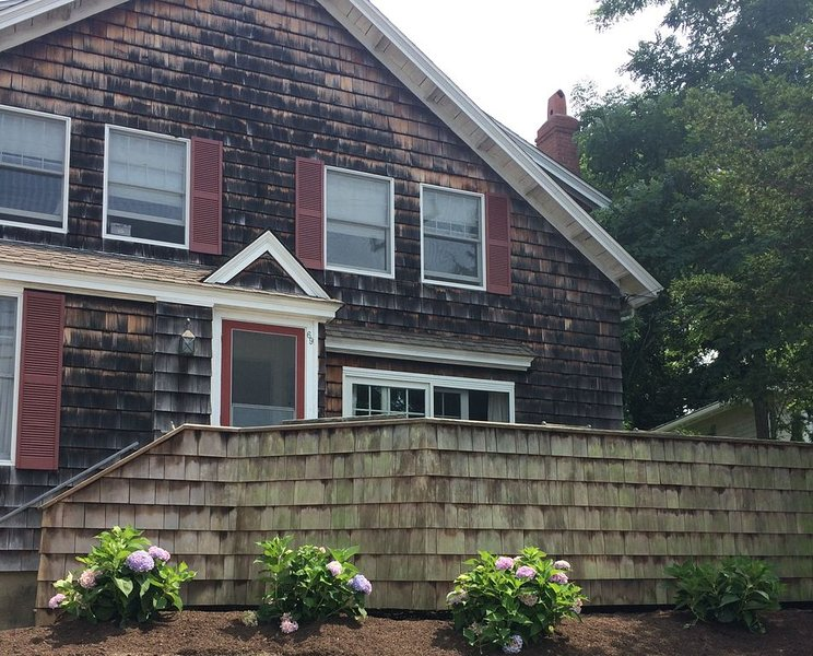 Lovely West Falmouth Escape with Sunset and Harbor Views, Bike Path Access, holiday rental in Cataumet