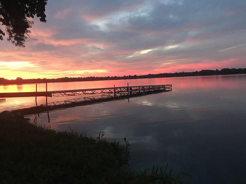 Sunrise Lake Manuella