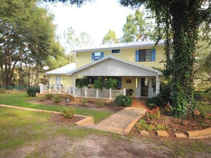 4 BR/3 BA Riverfront Home on the Suwannee River, aluguéis de temporada em Bell