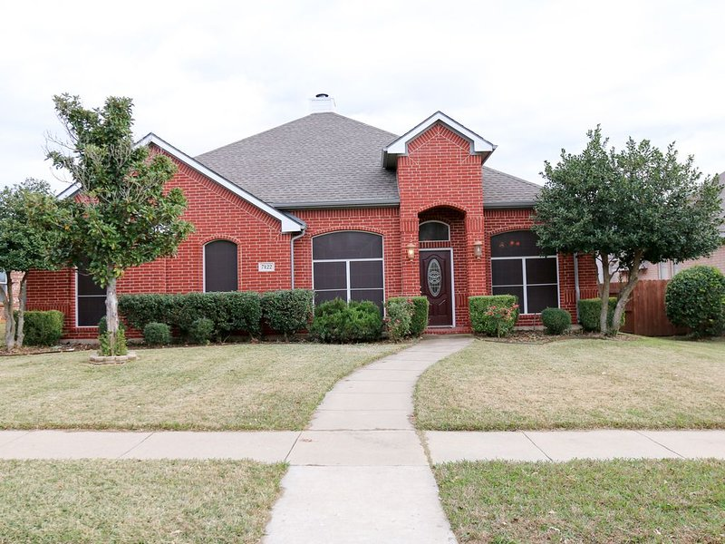 Furnished Executive Home in Frisco TX, vacation rental in Frisco
