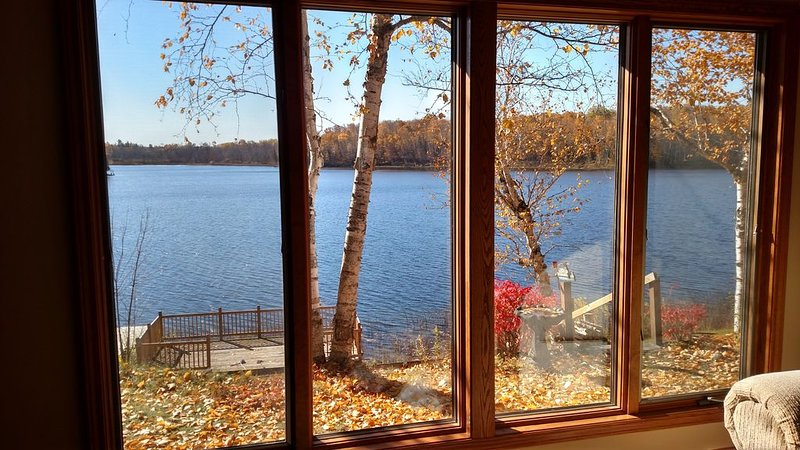 The Point at Ocqueoc - Quiet Ocqueoc Lakefront Two Bedroom Cottage, holiday rental in Tower