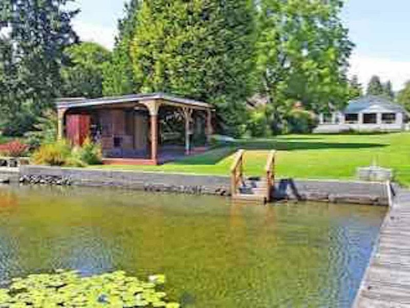 Cozy Lakeside Home Near Seattle and Airport, holiday rental in SeaTac