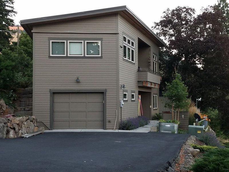 'Mini Lodge' -  Major Views, Walk to Center of White Salmon, location de vacances à White Salmon