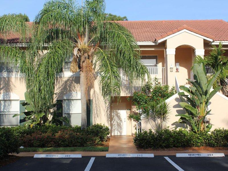 Huntington Lakes Condo In Naples Florida, holiday rental in North Naples