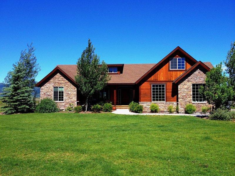 Beautiful Victor Home with Views, aluguéis de temporada em Victor