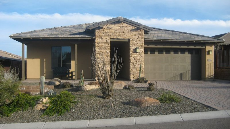 Luxury Home at Wickenburg Ranch, alquiler vacacional en Morristown
