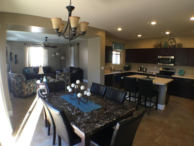 Beautiful Gilbert power ranch family friendly home, holiday rental in Gilbert