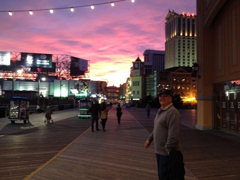 Nattliv i Atlantic City - en 10 minuters bilresa
