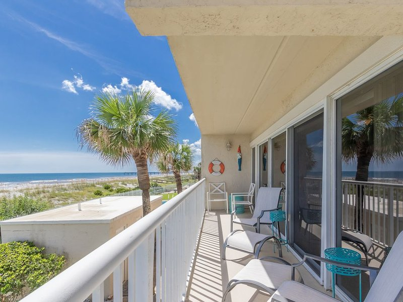 Beach Front Condo Fully Remodeled 8/2018, holiday rental in Jacksonville Beach