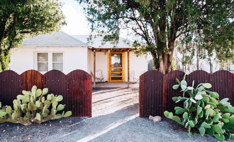 The Juniper Moon House, vacation rental in Marfa