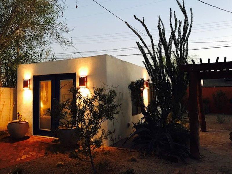 Historic Casita - Downtown Phoenix, alquiler de vacaciones en Phoenix