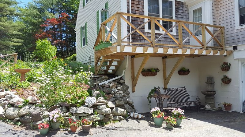 The Gallery Apartment in Damariscotta, Maine for stays of 3 or more nights, location de vacances à Damariscotta