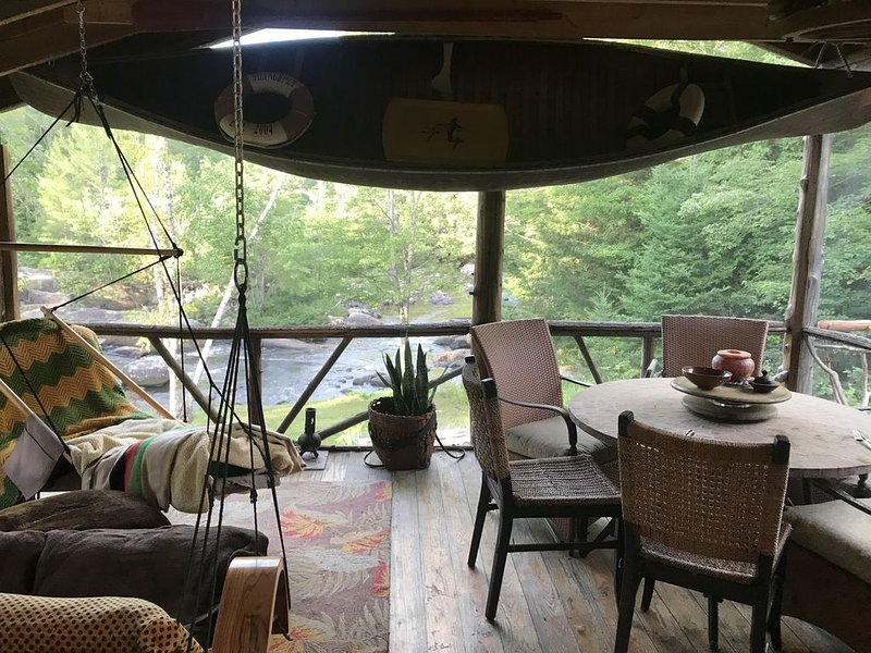 Authentic Adirondack Adventure, holiday rental in Indian Lake