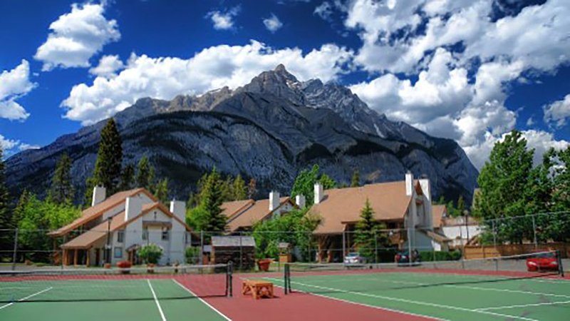 1 week (August 2 to Aug 9, 2019) in Banff National Park. 2 bedrooms, 2 bath, vacation rental in Banff National Park