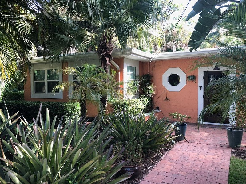 Charming Old Florida home, fully remodeled and upgraded!
