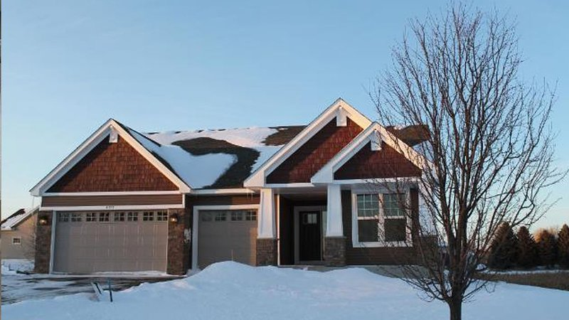 Gorgeous Executive Rambler - Perfect for your time in and out of Minneapolis, alquiler de vacaciones en Champlin