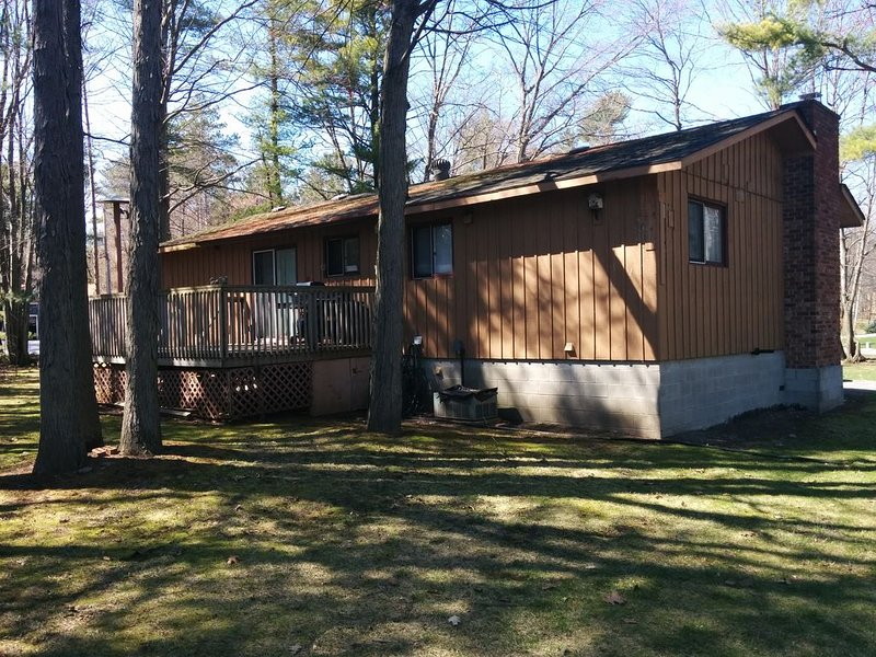 Grand Bend Cottage For Rent, holiday rental in Lambton Shores