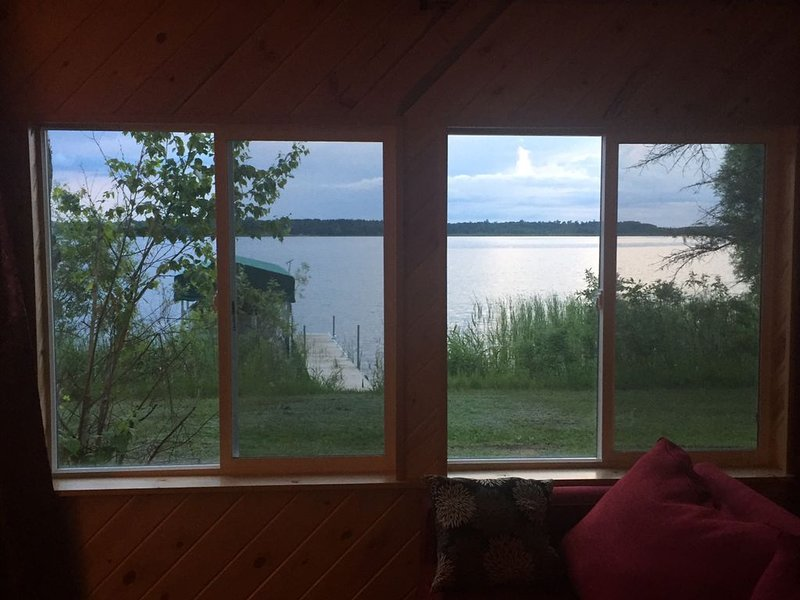Lake cabin on Cass Lake chain of lakes, vacation rental in Tenstrike