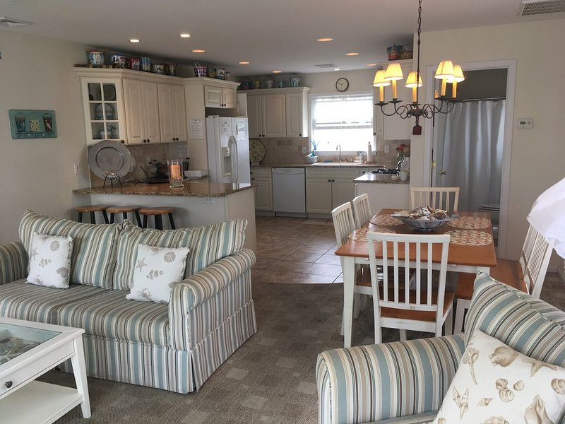 Beautiful Ocean View Home For Rent Ocean Beach Unit 1 Lavallette, NJ, holiday rental in Normandy Beach