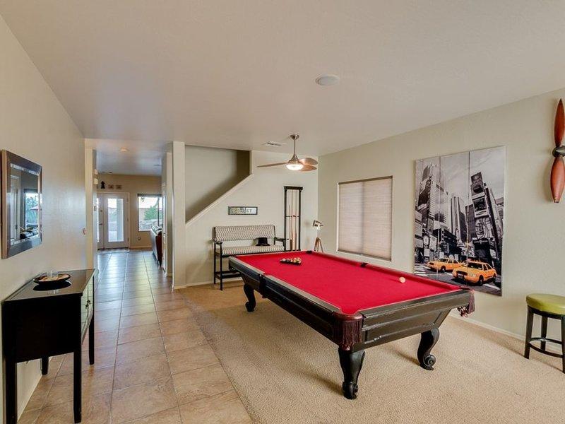 Primera vista de la casa al entrar por la puerta principal. ¡¡Vamos a jugar pool !!