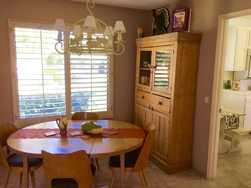 Sunrise Country Club Gem, holiday rental in Rancho Mirage