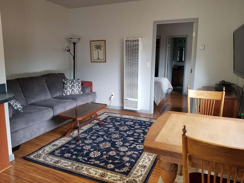 A cozy little in-law/granny unit, vacation rental in Nipomo